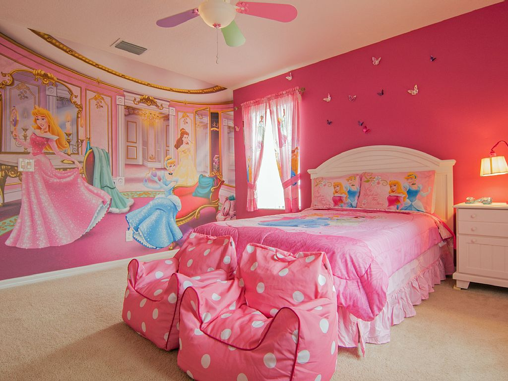 chambre princesse sofia disney princess themed room